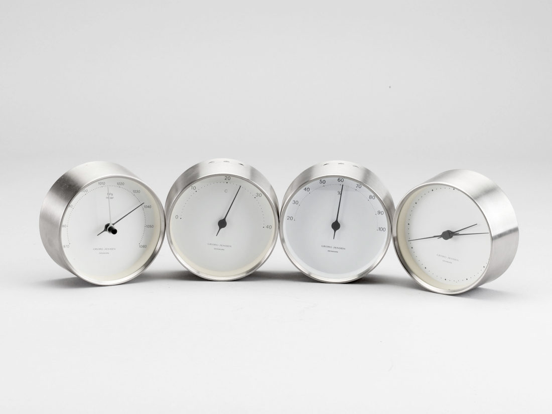 HK CLOCK, Steel-White