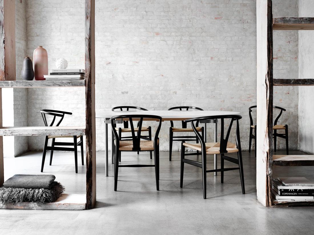 CH24 WISHBONE Chair, Beech – Black
