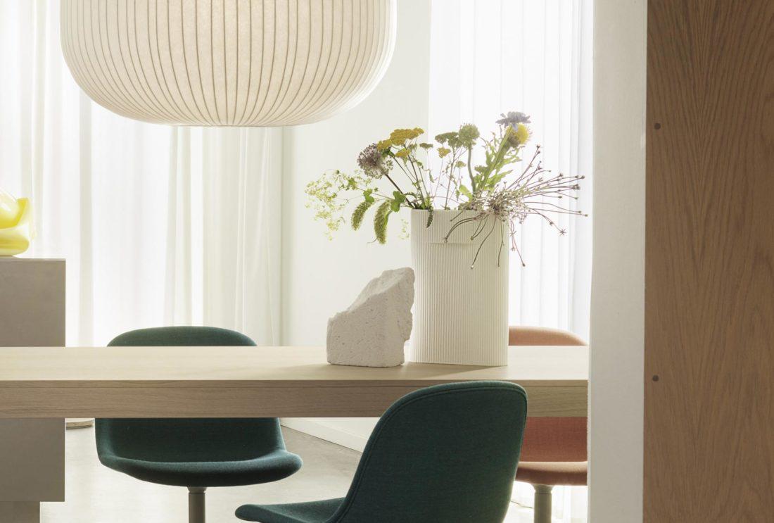 RIDGE Vase Small, Off-White