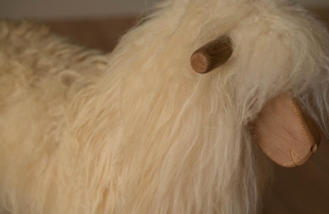 ROCKING SHEEP White Dense Wool
