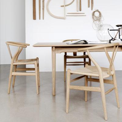 CH24 WISHBONE Chair, Beech Oil – Natural