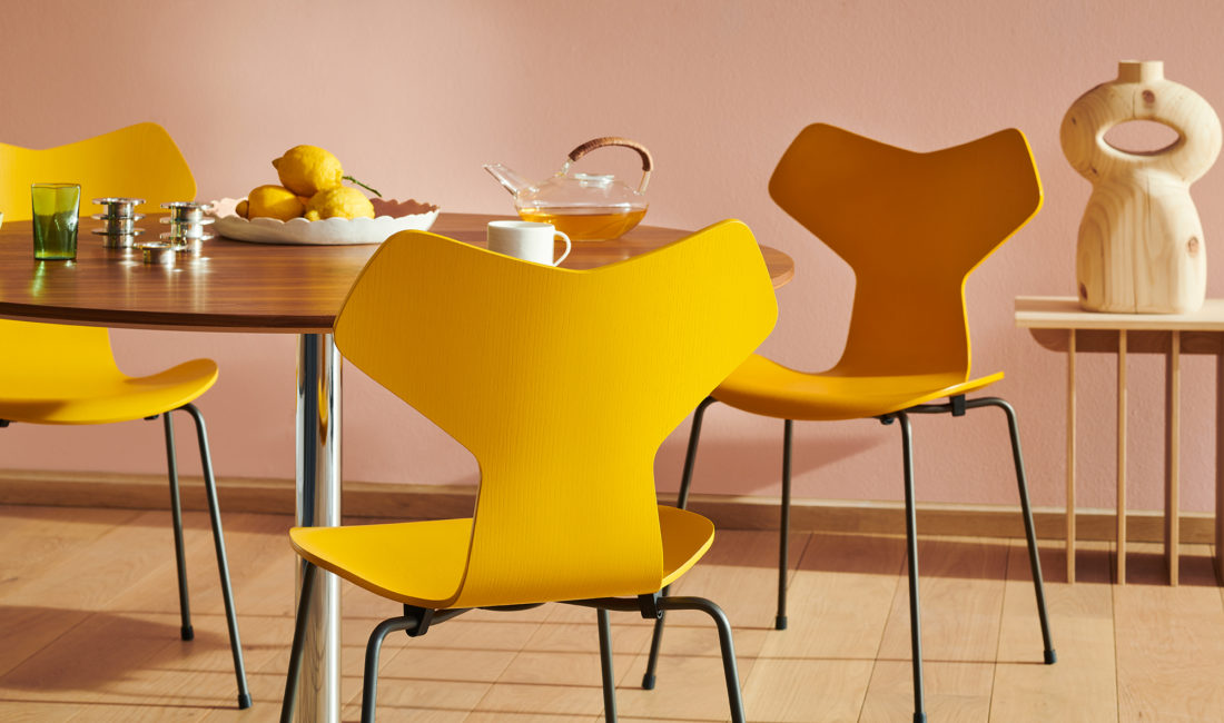GRAND PRIX™ 3130 Chair, Warm Graphite Base