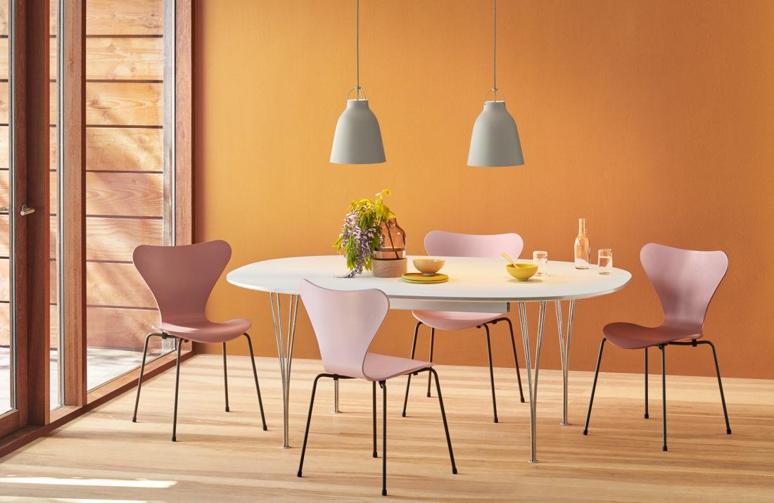 SERIES 7™ 3107 Chair, Brown Bronze Base