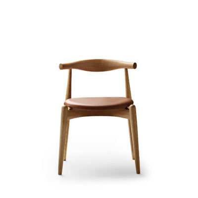 CH20 ELBOW Chair, Oak Oil
