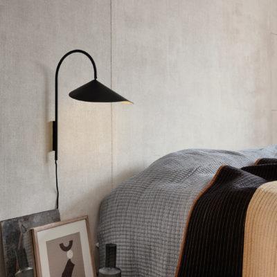 Arum Wall Lamp, Black